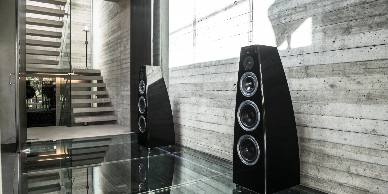 Meridian luxury speakers, London apartment